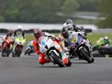 4th May 2009 - ViSK British Superbikes in Association with Pirelli - Oulton Park Race Circuit - Fuchs-Silkolene British Supersport Race - James Webb & Sam Lowes